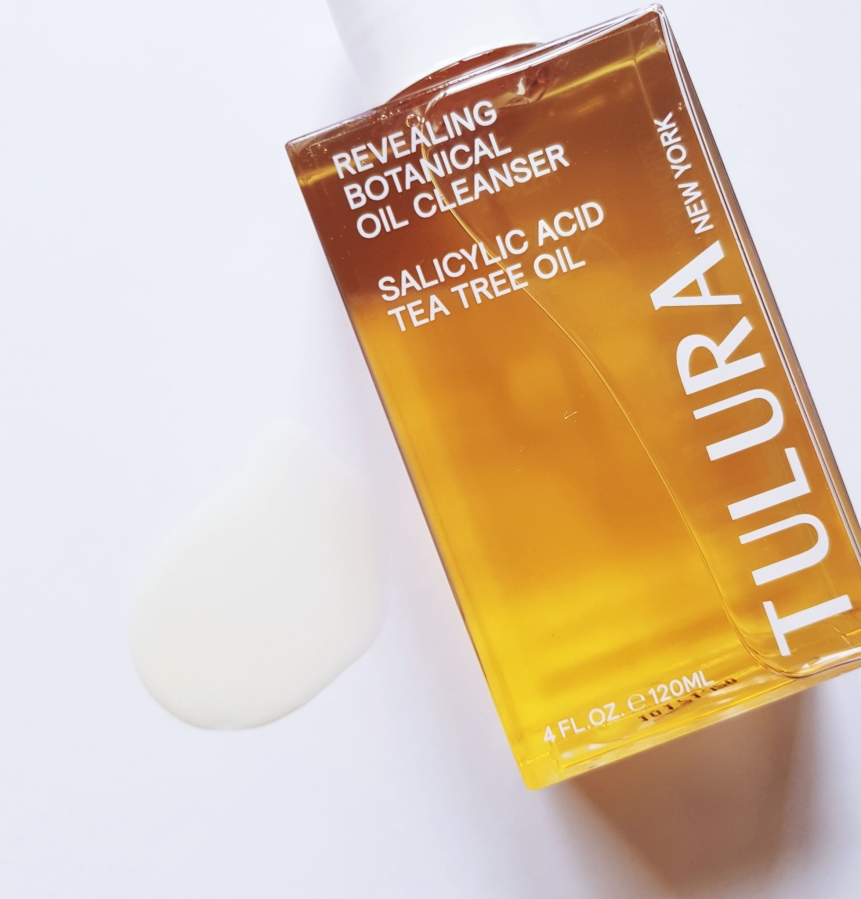Cult Favorite: Tulura Revealing Botanical Oil Cleanser