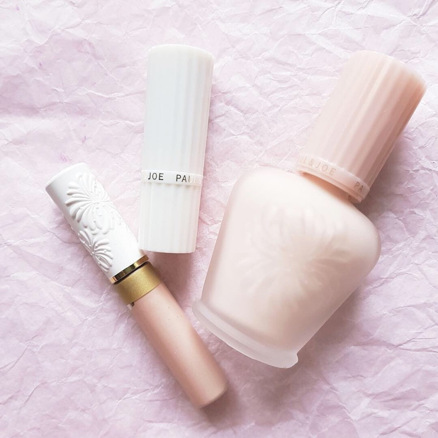 Makeup Review: Paul and Joe Beaute New Year Glow